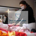 Em Caxias, Projeto Amor Perfeito empresta roupas de bebê para mães sem condições