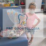 Crianças da Oncopediatria do HSVP recebem presentes de Natal